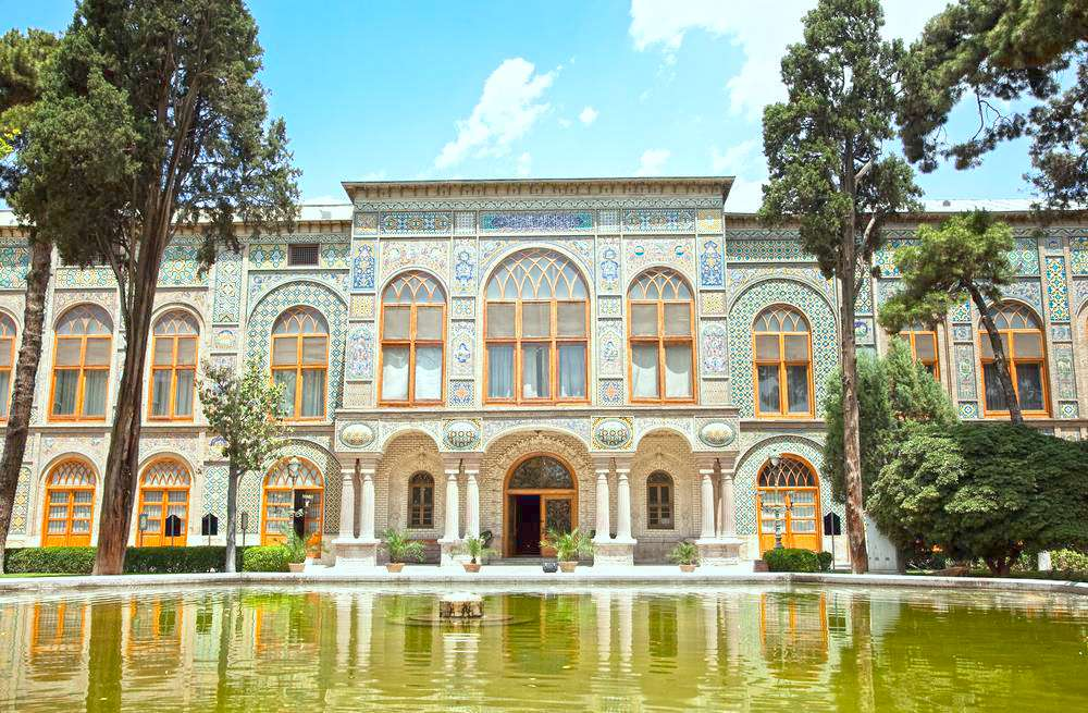 Top 4 Attractions in The Frame of Old Tehran