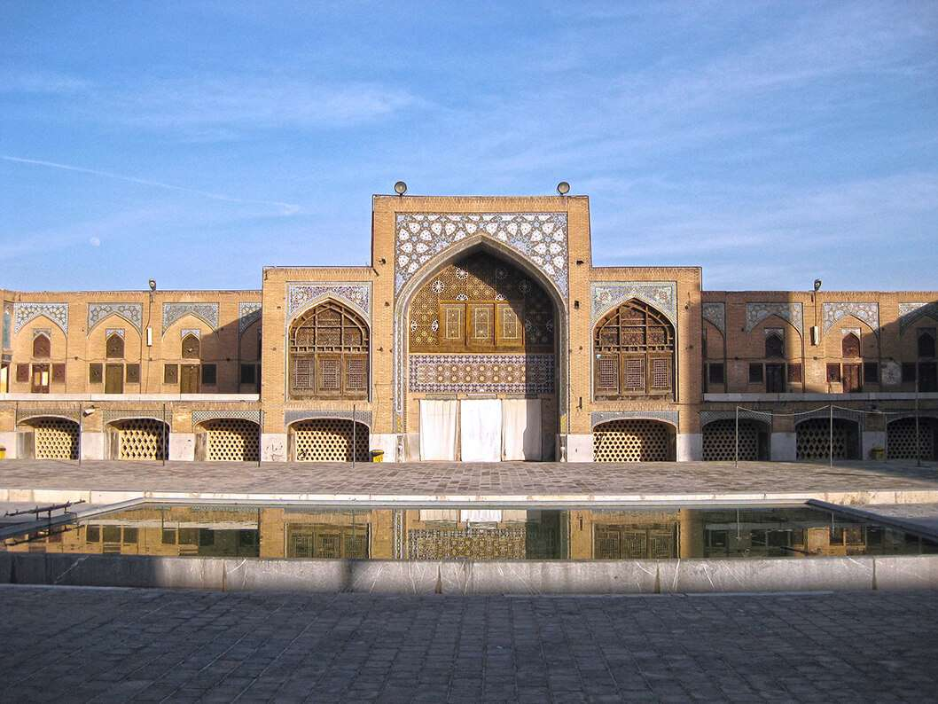 Fall in Love With the Tile Art Design of Mosques in Isfahan