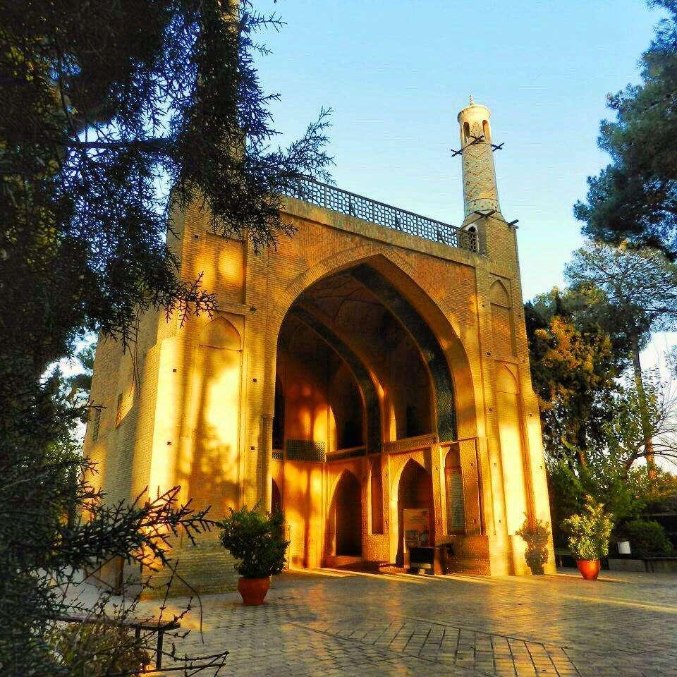 Monar-Jonban (Shaking Minarets)