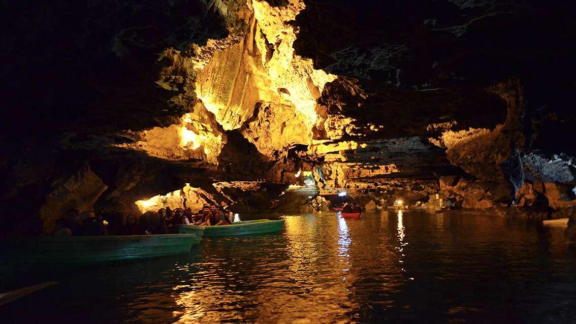 Ali Sadr Cave