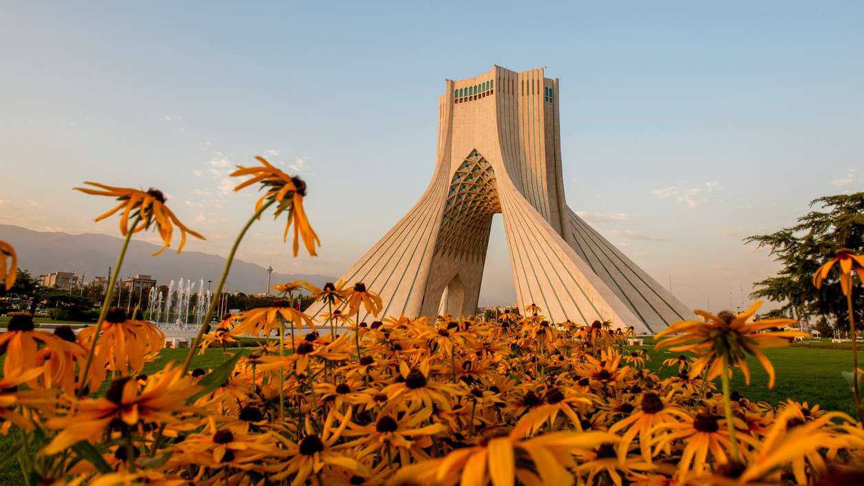 Airport Transfer by Passing from Imam Khomeini Mausoleum and Azadi Tower