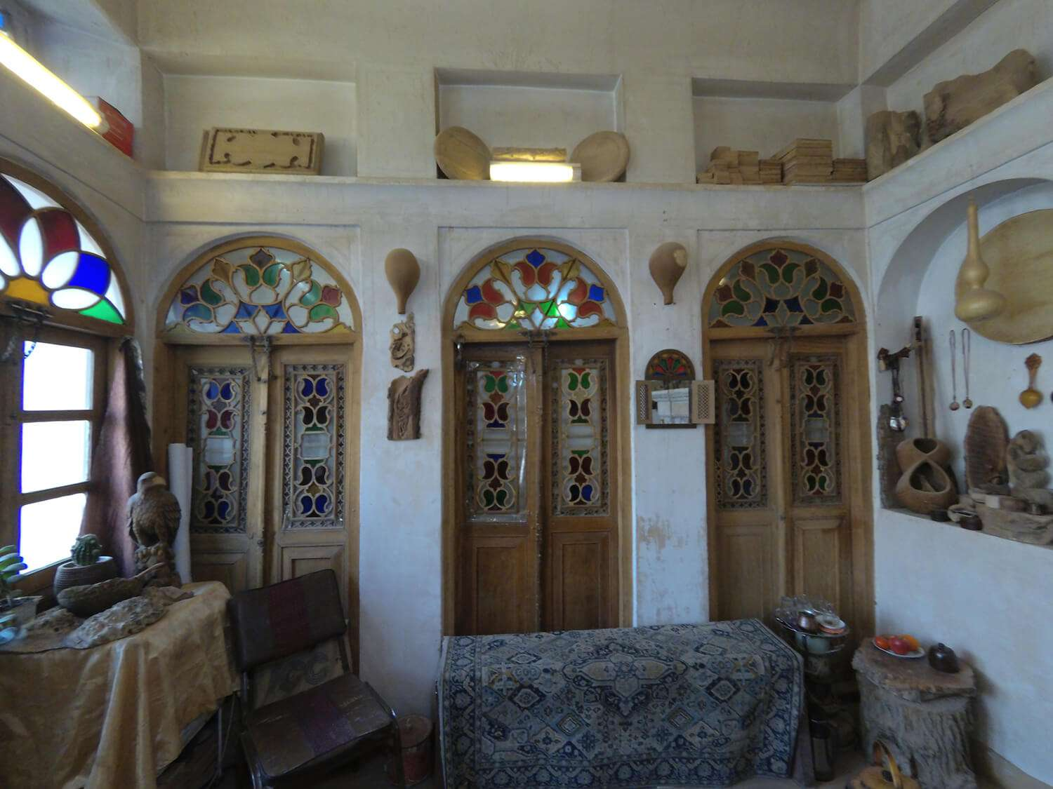 The Passage through Handicrafts' Paradise in the Oldest Neighborhood of Isfahan