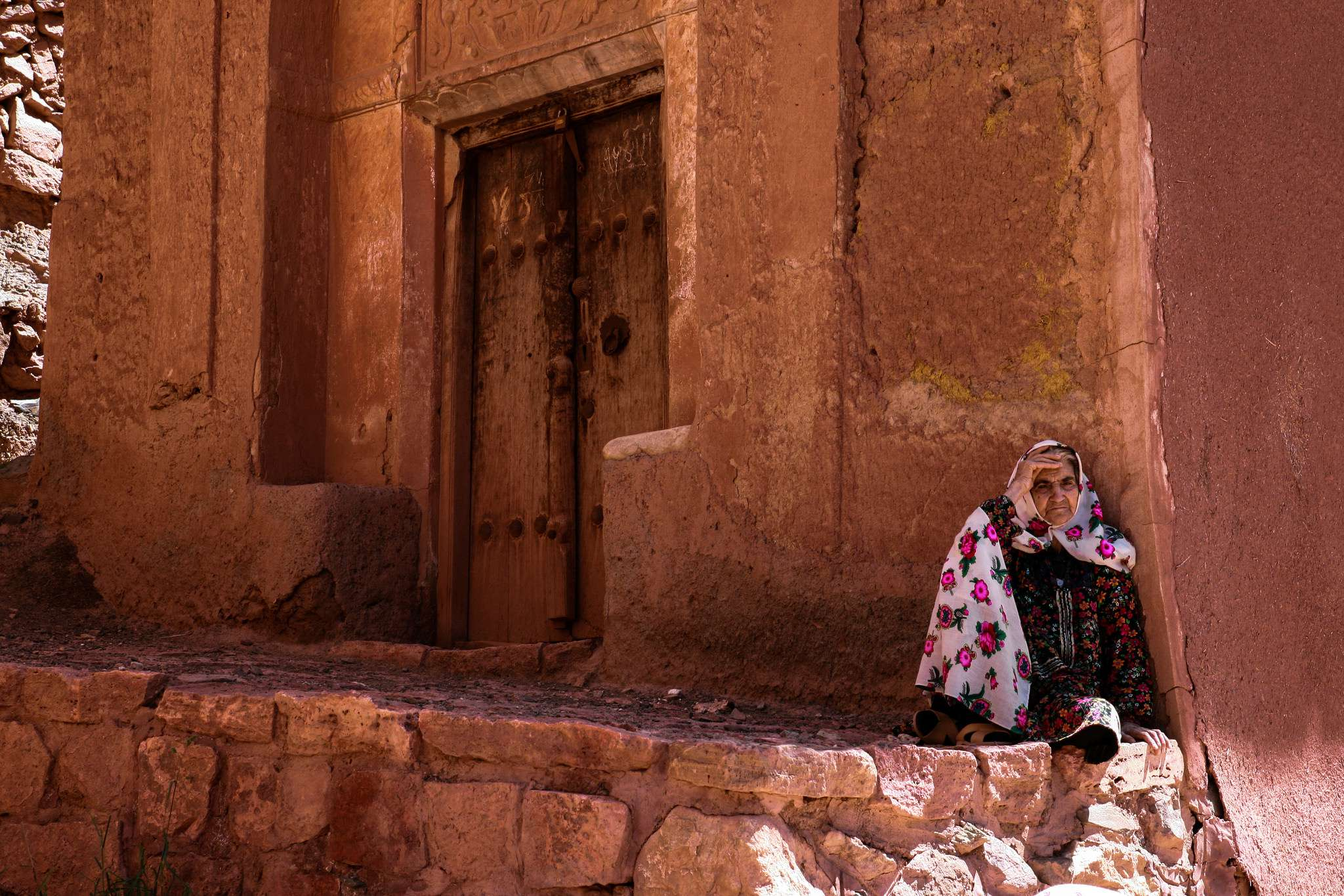One Day Tour of Natanz and Abyaneh, the Red Village of Iran